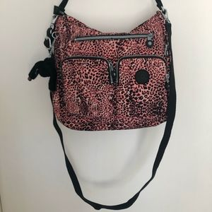 Kipling Tasmo Crossbody bag in Fiesta Animal